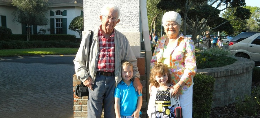 Tony, Gloria and grandkids